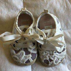 Infant girls lace tie shoes